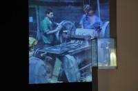 """קופסת הגפרורים של מירצ'ה קנטור. מתוך התערוכה """"החיים הוראות שימוש""""."""